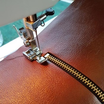 Best Heavy-Duty Sewing Machine For Leather