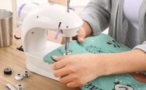 Best Mini Sewing Machines Featured