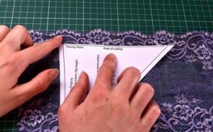 How to Use a Sewing Pattern Featured